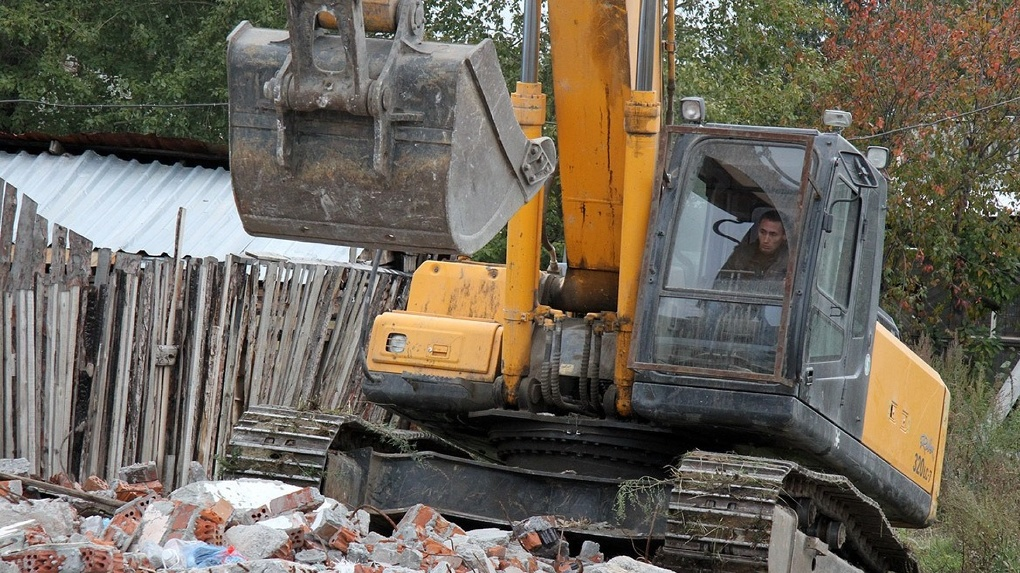 В Минстрое назвали районы Екатеринбурга, где могут в первую очередь снести старые дома в рамках реновации