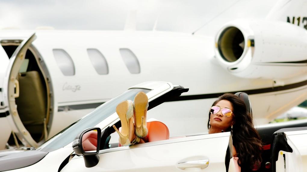 Полет на частном самолете: стоимость и организация рейса
