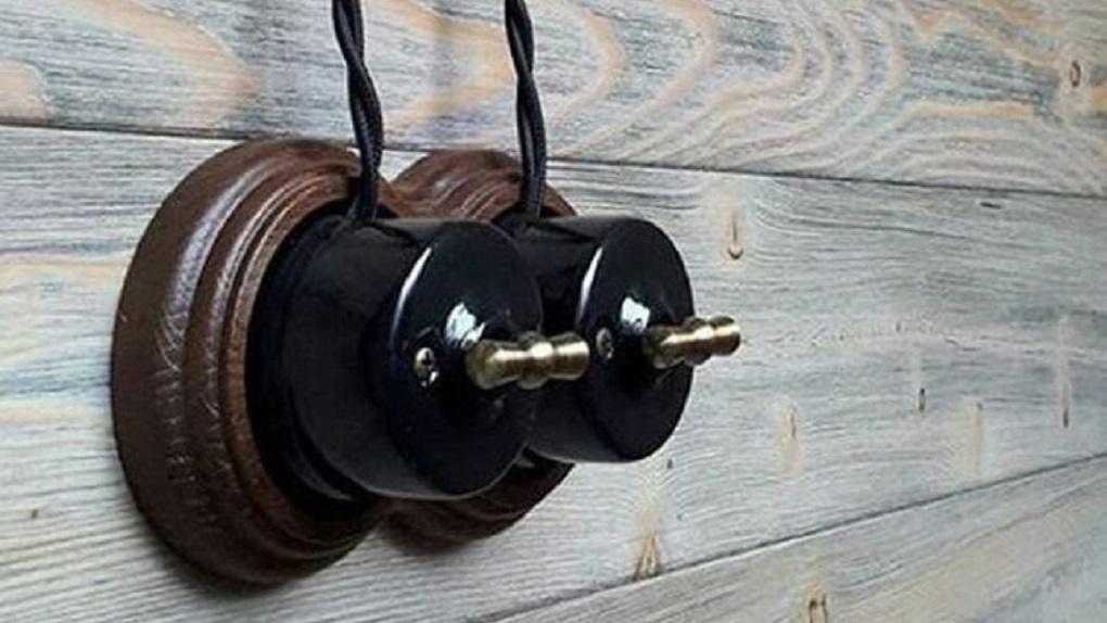 Как керамический выключатель в ретро-стиле способен изменить интерьер