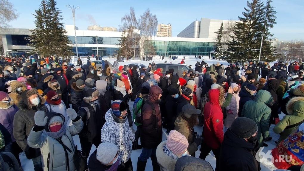 В Екатеринбурге за участие в маршах Навального будут судить адвокатов и общественных наблюдателей