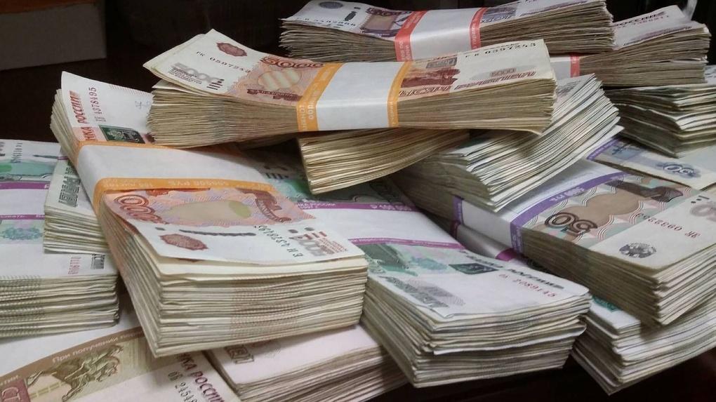 Уральский «Сбер» отказался от новогодних подарков и перечислил 10 млн рублей на благотворительность