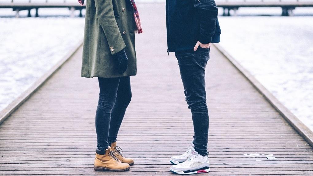 Какими должны быть мужские зимние кроссовки: критерии выбора