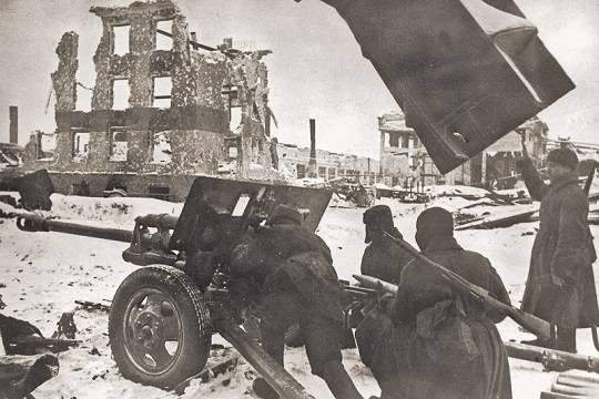 Великая Отечественная война могла закончиться на год раньше
