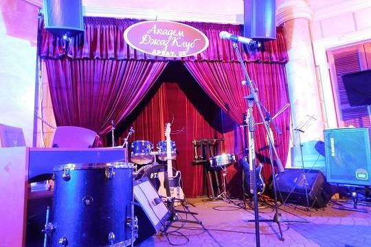 Алла Рид приглашает 4 марта в Академ Джаз Клуб на премьеру новых песен!