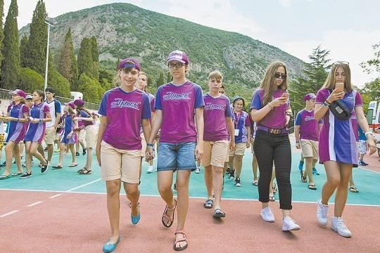 Детские лагеря летом окажутся родителям не по карману