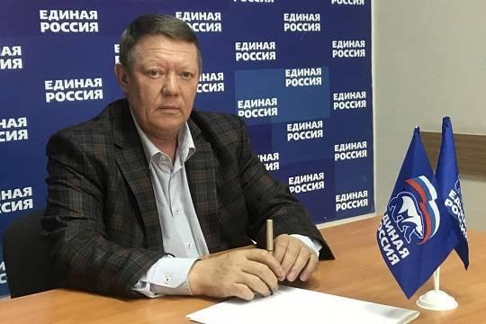 Единоросс Николай Панков подключил фирмы своей родственницы к бюджету Саратовской области