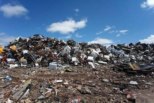 Минфин предлагает отложить строительство 25 мусорных заводов в России