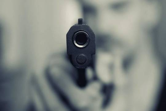 На свадьбе в Новой Москве гость застрелил жениха и его брата и скрылся