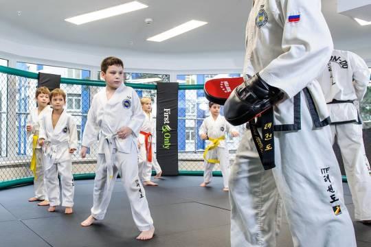 Алексей Минеев: наши дети приезжают заграницу на соревнования и просто не оставляют соперникам шансов