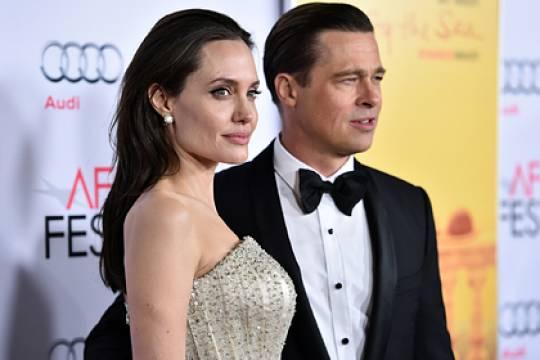 Анджелина Джоли выступит в суде с доказательствами домашнего насилия со стороны Бреда Питта