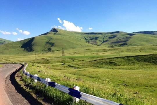 Армения высоко оценила роль США в урегулировании конфликта в Нагорном Карабахе