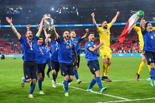 Чем запомнился Евро-2020: победа Италии, разочарование Англии, вылет Франции, полный крах России