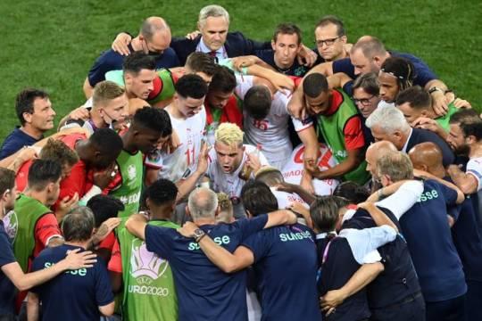 Чемпионы мира в пролёте: Франция сенсационно проиграла Швейцарии на Евро-2020, Мбаппе не забил пенальти