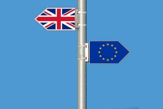 ЕК запустила разбирательство с Британией за нарушение договорённостей по Brexit