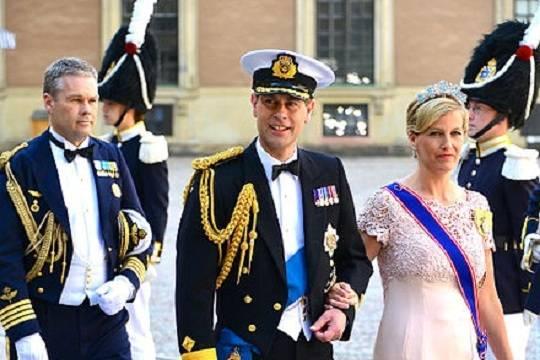 Елизавета II нашла, кем заменить принца Гарри и Меган Маркл