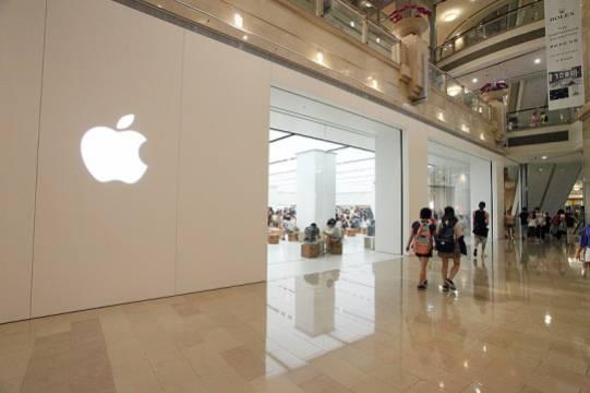 Смартфоны iPhone 13 пообещали выпустить без задержек