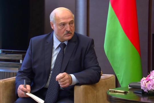 Лукашенко попросил белорусов честно ответить на вопросы анонимного исследования