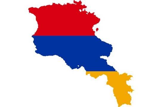Президент Армении отказался отправлять в отставку начальника Генштаба