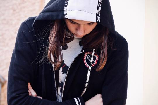 Российские школьницы вступились за друга и избили одноклассницу