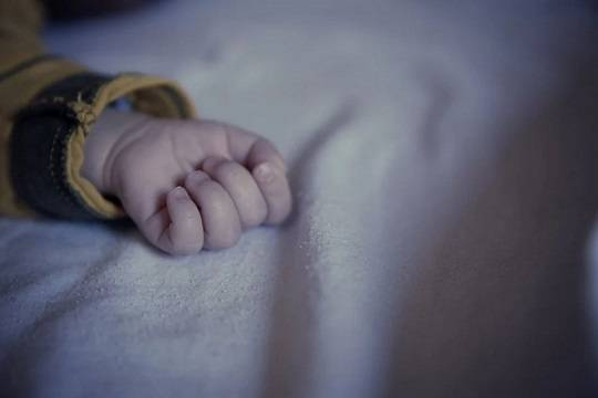 Россиянка месяцами притворялась беременной и выдала кукол за мёртвых младенцев на похоронах