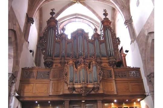 Шедевры Баха, Генделя и других великих композиторов XVIII века прозвучат в виртуозном исполнении капеллы «Золотой Век»