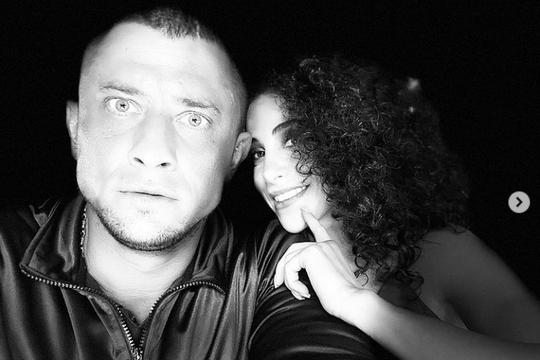 СМИ: Павел Прилучный нашел замену Мирославе Карпович