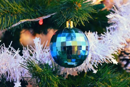 Стали известны траты россиян на создание новогоднего настроения