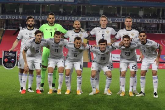 УЕФА отказался от переноса матча сборной России