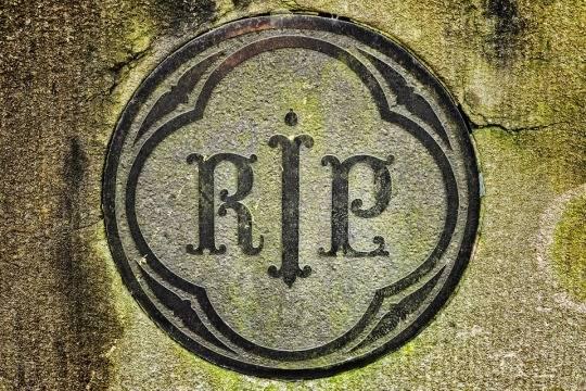 Умер ветеран, собравший миллионы на борьбу с COVID-19