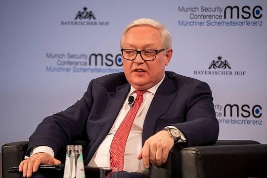 В МИД РФ рассказали о контактах с США по ситуации в Донбассе