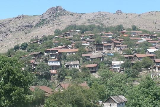 В Нагорном Карабахе возобновились бои за спорные сёла
