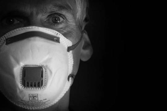 В Британии сообщили о гибели семи человек из-за тромбов после вакцины AstraZeneca