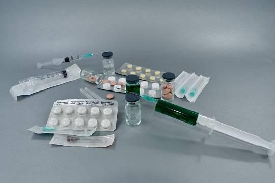 В России за сутки выявили 19 138 новых случаев заражения коронавирусом и 575 летальных исходов