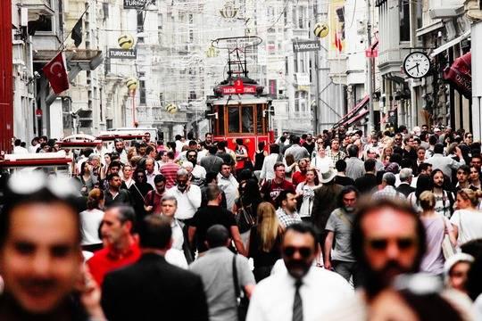В Турции введут круглосуточный комендантский час