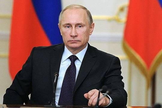 Владимир Путин потребовал разобраться с исполнением указа о зарплатах ученых