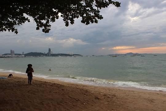 Власти Таиланда планируют отменить в октябре обязательный карантин для туристов