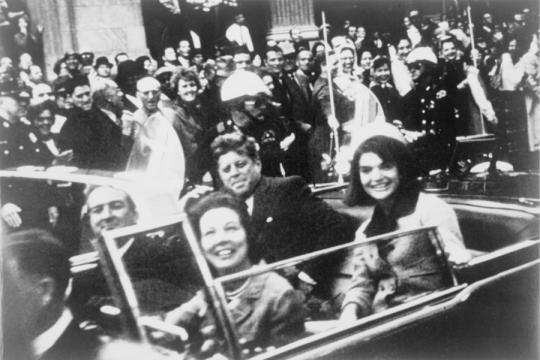 Экс-глава ЦРУ обвинил Хрущева в убийстве Джона Кеннеди