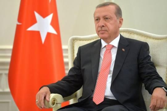 Эрдоган считает, что НАТО оставила Турцию один на один в борьбе с террористами