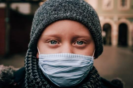 За последние сутки в РФ диагностировали 28137 случаев заболевания COVID-19 и зафиксировали 560 смертей