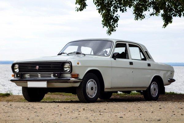 Как жаль, что в Союзе отказалась от такой «Волги»: Каким мог быть ГАЗ-24, если бы СССР и дальше сотрудничал с Италией?