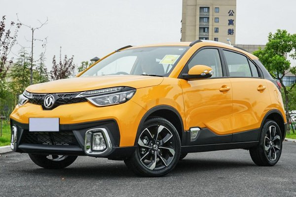 Проверенный «кореец» против китайской вычурности: Почему новый Dongfeng AX4 не «победит» Hyundai Creta