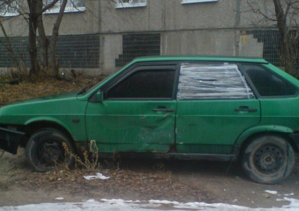 Хоть и гнилой, зато родной: Стоит ли восстанавливать рассыпающийся автомобиль на примере ВАЗ-2109