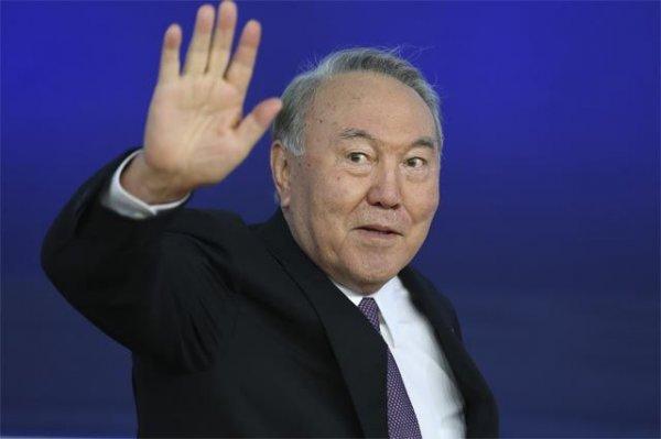 Всем скопом и галопом: толстосумы Казахстана срочно делят народный бюджет страны