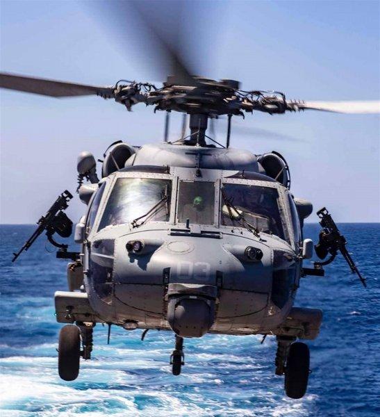 Вертолеты получат VR-систему для посадки на палубу