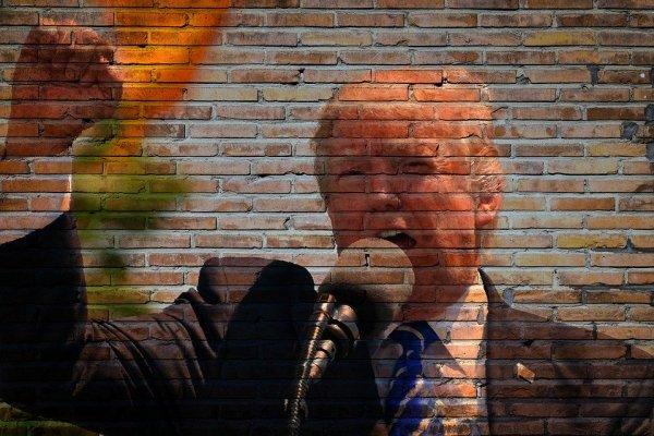 Трамп грозит законом против социальных сетей