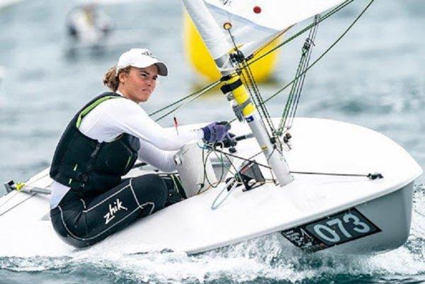 Чемпионке из Липецка вручили яхту для парусного спорта