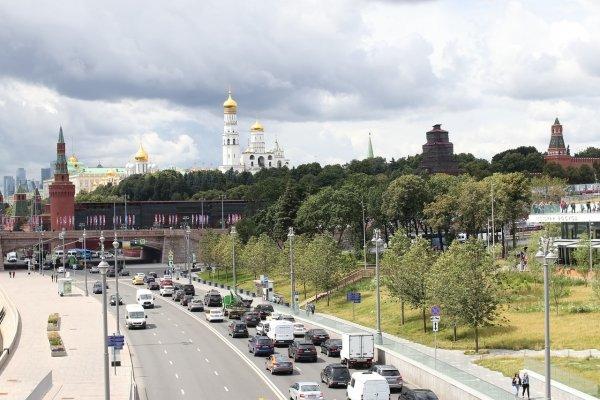 Депутат ЛДПР предложил снизить транспортный налог на 25%