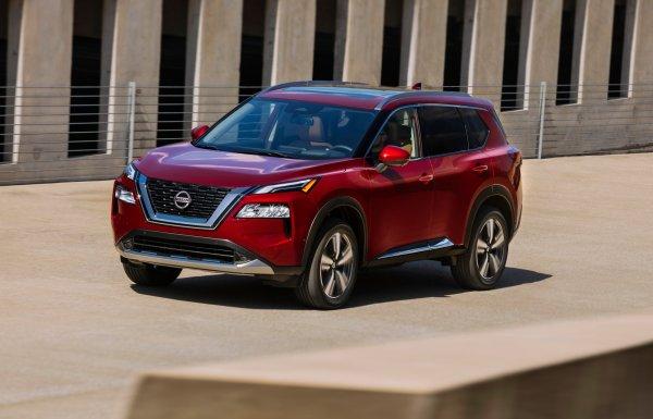 Nissan X-Trail 2021: Опубликован полный обзор обновленного кроссовера