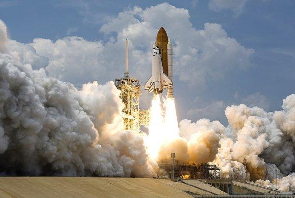 «Роскосмос» рассказал о недостатках космического корабля Илона Маска