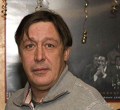 Супруга Михаила Ефремова отсудила у «Жилищника» 120 тыс. рублей